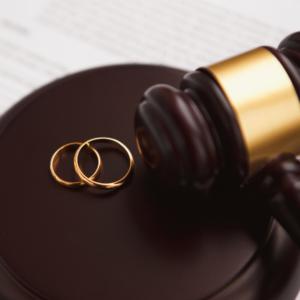 Solicitar el divorcio más adelante en la vida