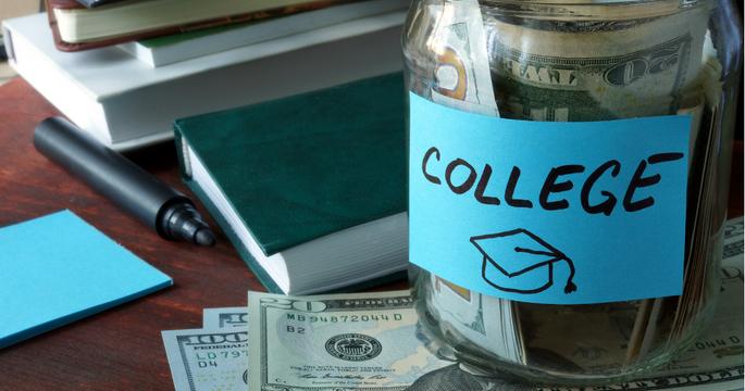 ¿Está protegida la cuenta de ahorros para la universidad de mi hijo en caso de quiebra?